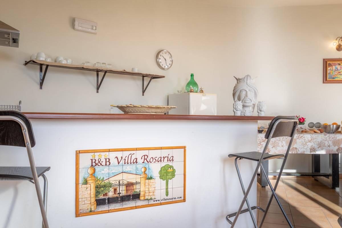 sala-colazione-bb-villa-rosaria-noto-3